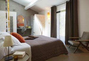 Vue intérieure chambre 2 chambre d'hôtes en Provence