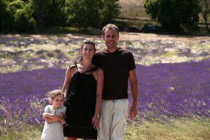 Nous dans un champ de lavande à Sault en Provence